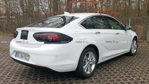 Makyajlı Opel Insignia Grand Sport Casus Fotoğrafları