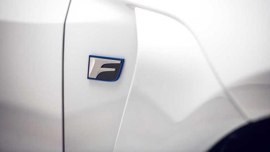 Lexus готовит спортивный кроссовер в линейке F-моделей