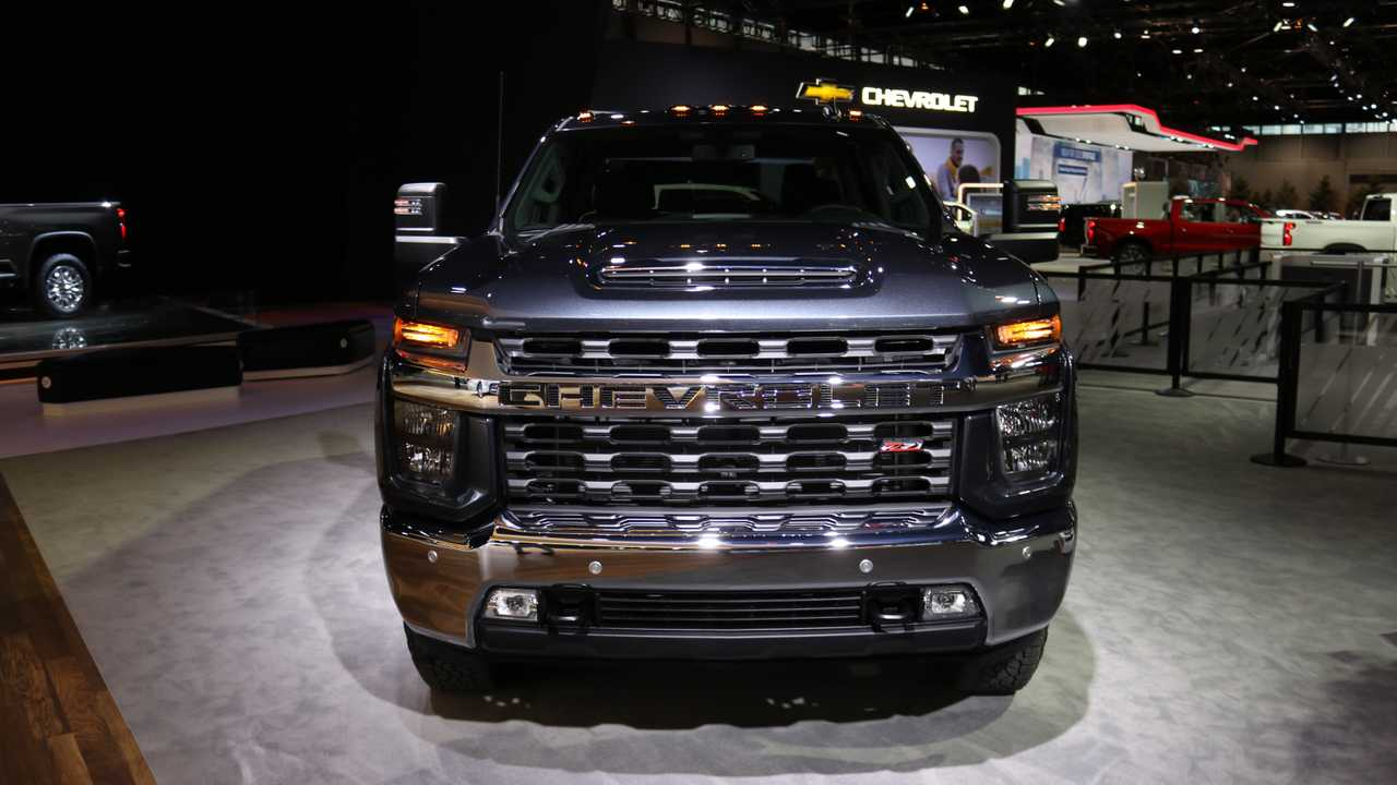 2020 Chevrolet Silverado HD | Motor1.com Photos
