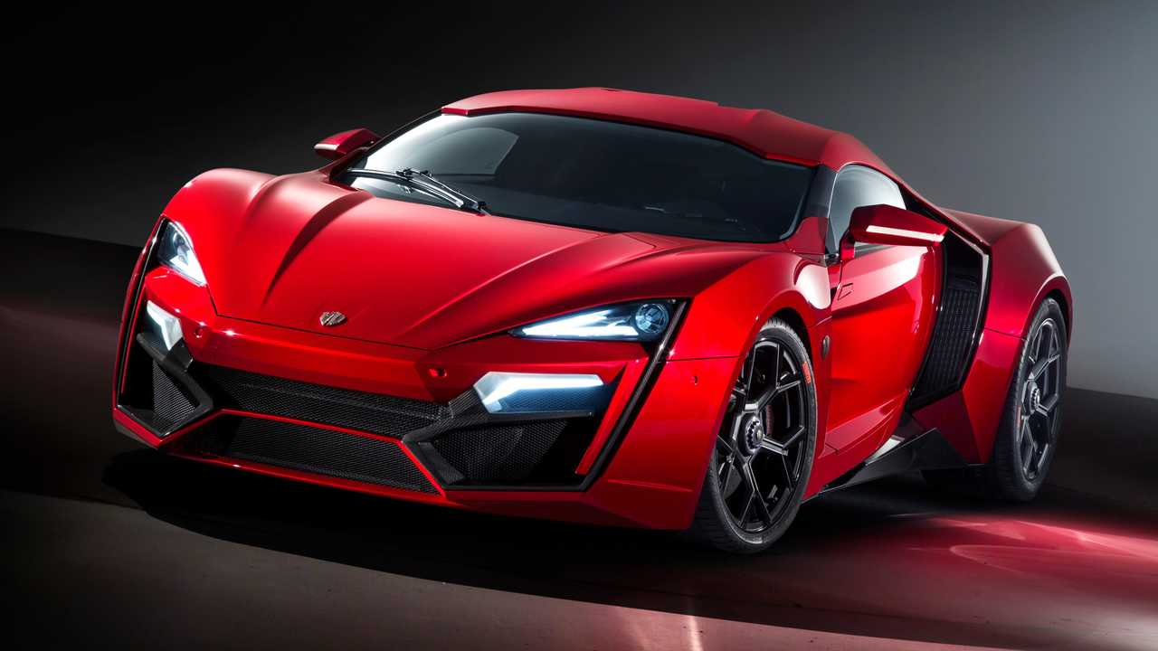 13.- W Motors Lykan Hypersport