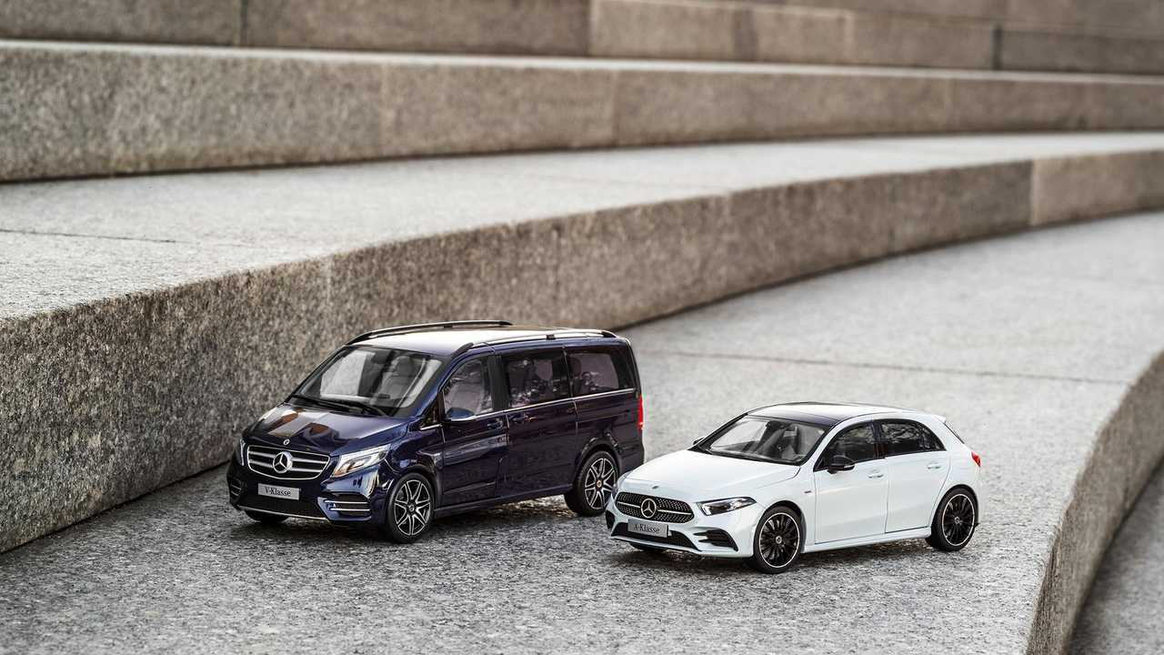 Mercedes Car Carrier Model Hauls Your 1 18 Scale Collection