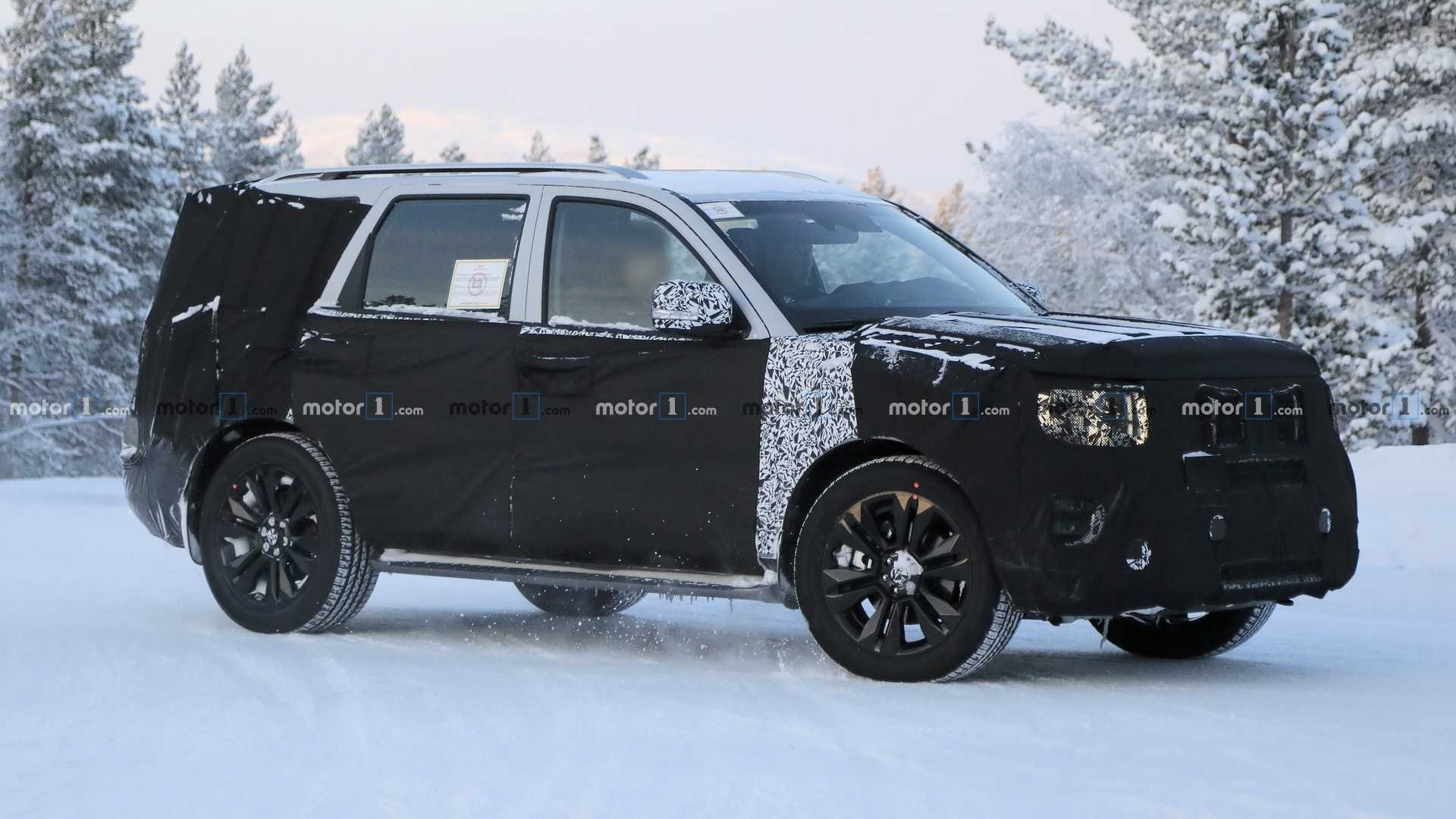 All New Kia Mohave Makes Spy Photo Debut In The Snow