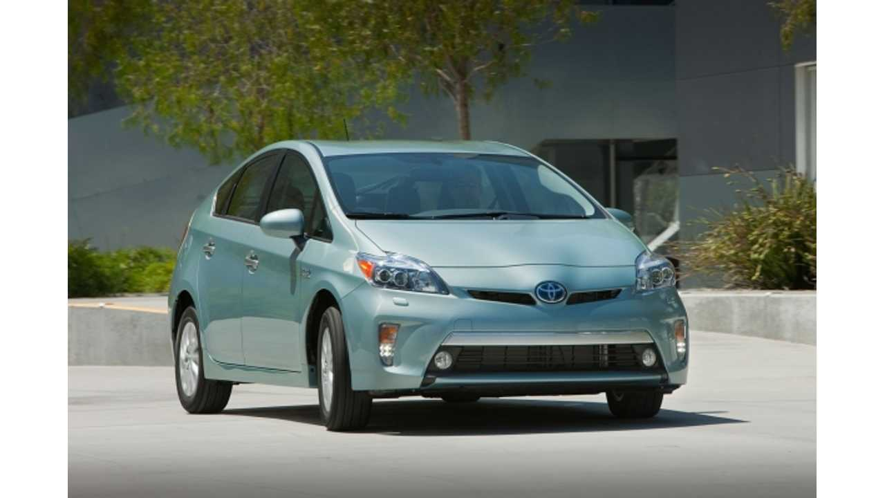 Toyota Prices 2014 Prius Plug-In Hybrid Below $30,000