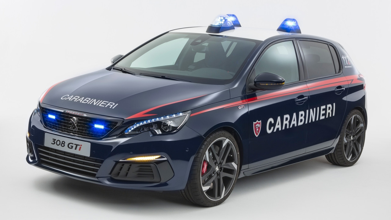 [Copertina] - Una Peugeot 308 GTi per i Carabinieri