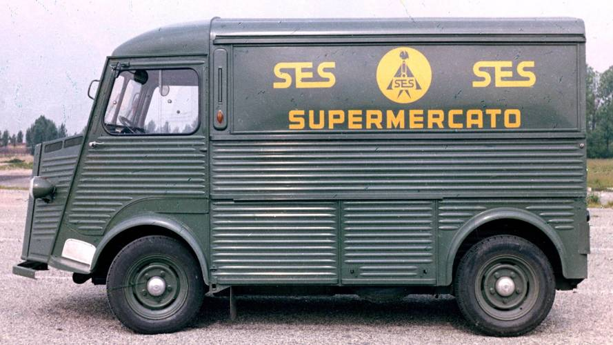 Citroën Typ H mit historischen Werbebeschriftungen