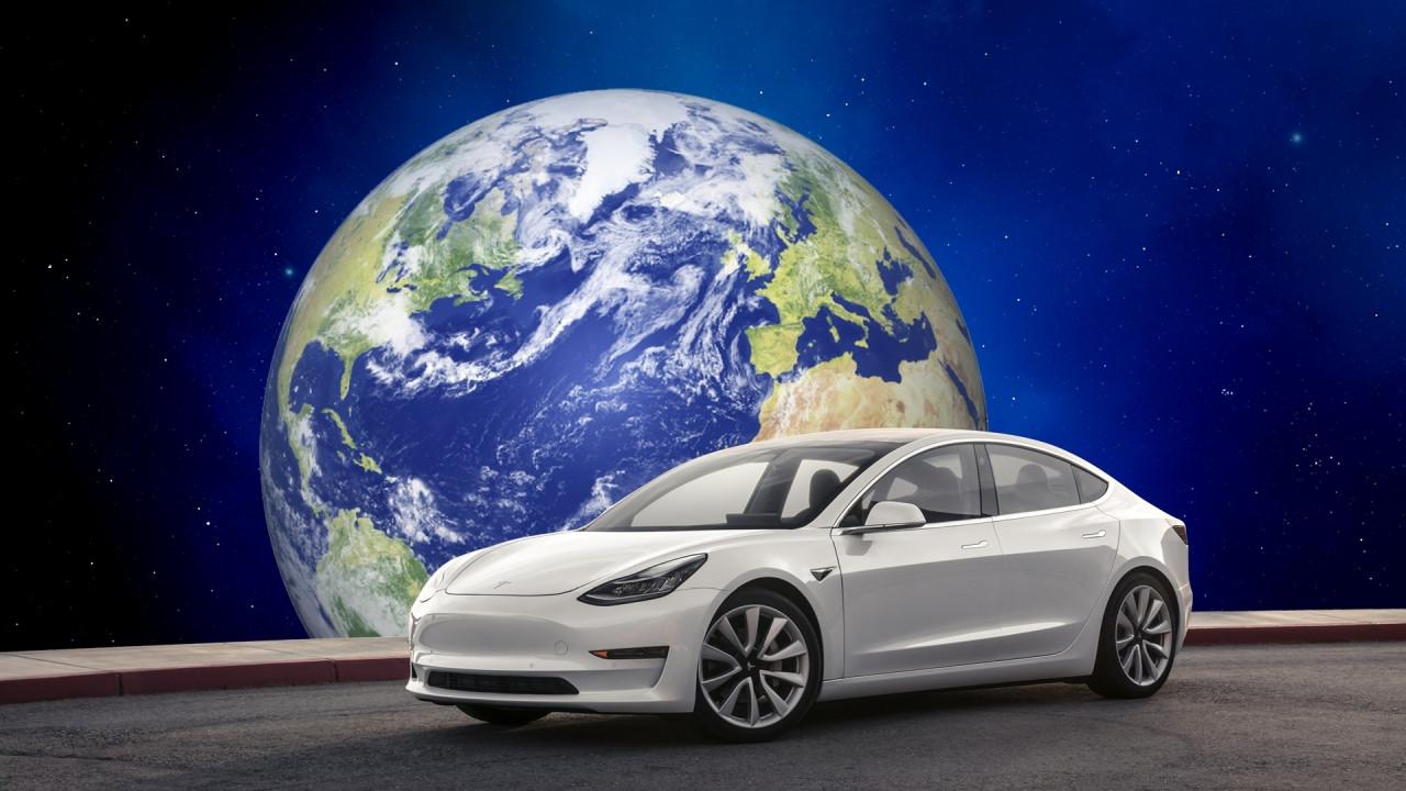 [Copertina] - Tesla Model 3, perché è unica al mondo (per ora)