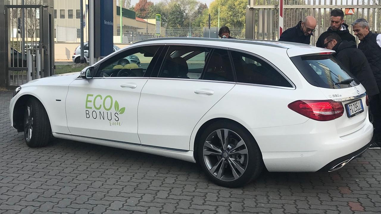 [Copertina] - Mercedes Ecobonus, auto green ed efficienti per rinnovare il parco