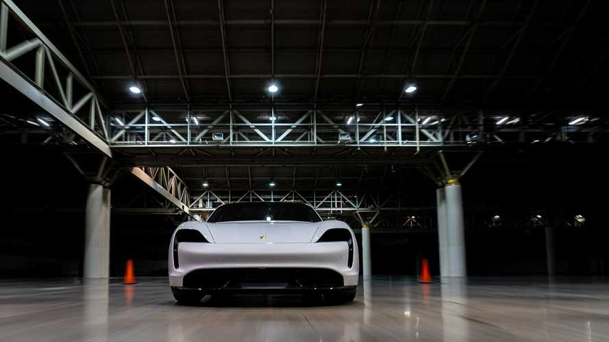 Porsche Taycan Turbo S sets indoor land speed record