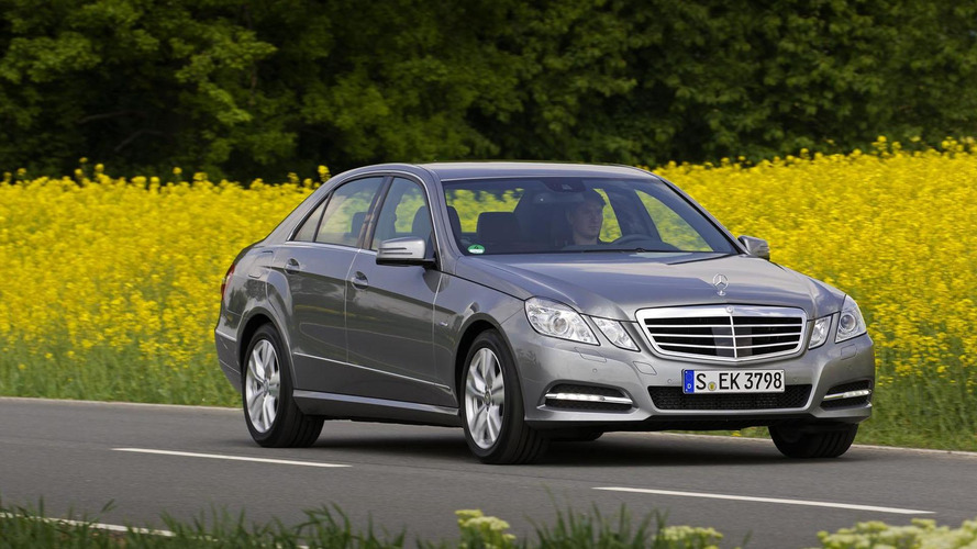 Mercedes E Cl Hybrids Coming To Detroit Report