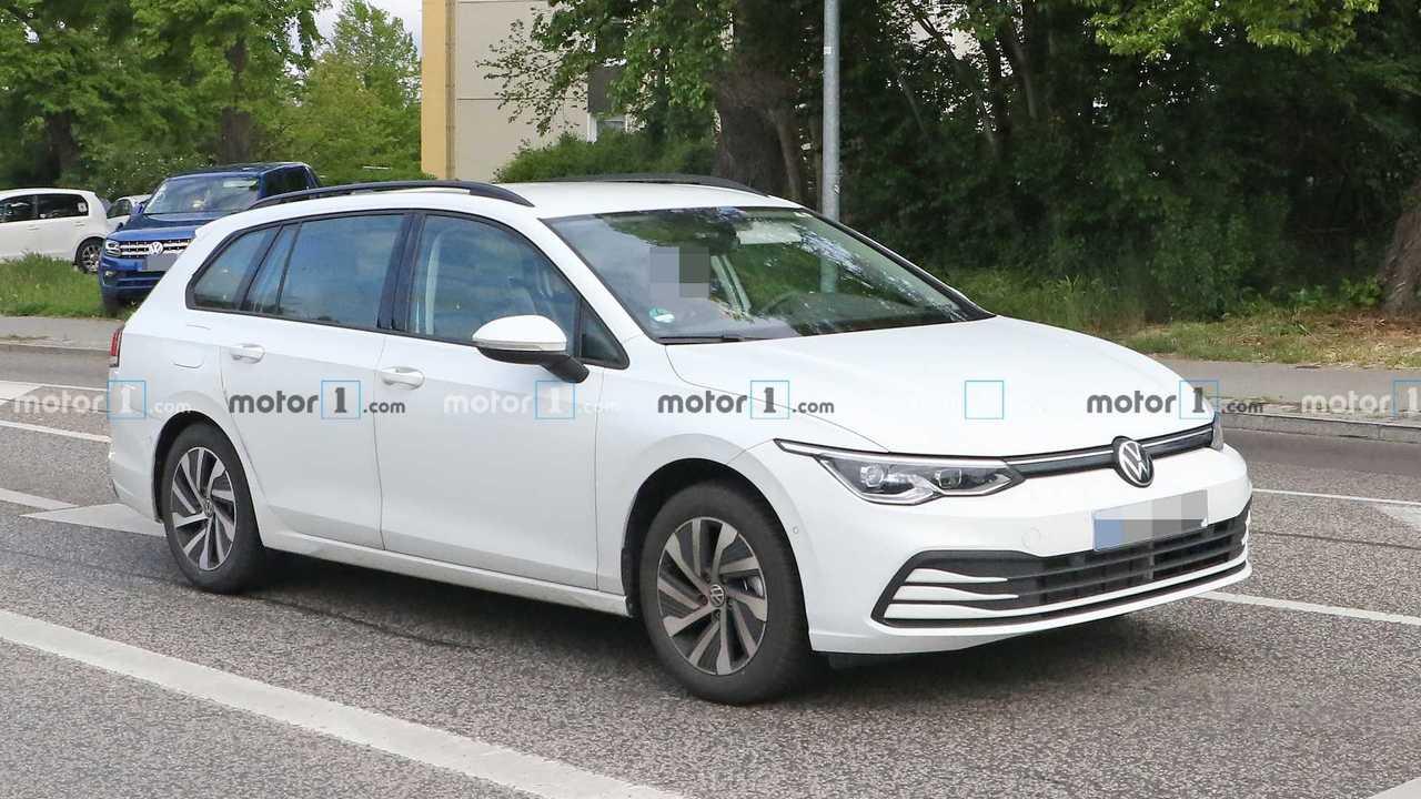 Шпионские фото нового VW Golf Variant