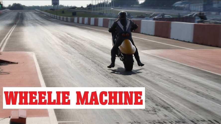 EV-Converted Suzuki Hayabusa Has Forklift Motor, Runs Quarter In 9.3 Seconds
