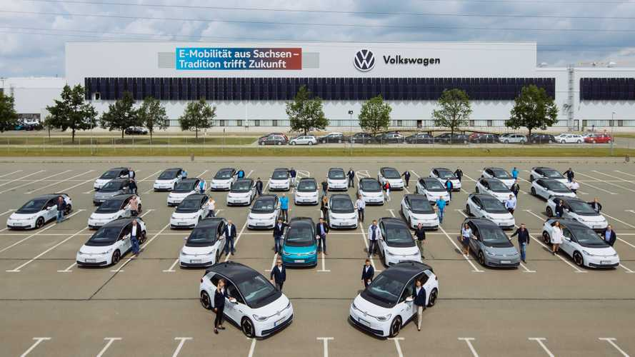Volkswagen Employees Begin Testing Fleet Of 150 ID.3