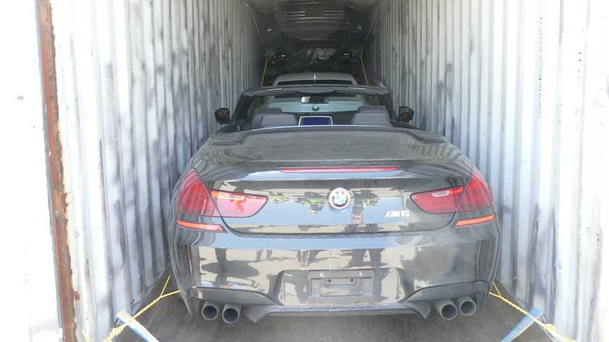 Canadians and Italians discover 40 stolen cars in shipping containers