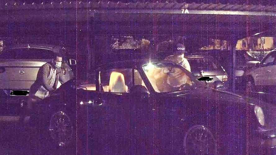 Egy Tesla Model 3 biztonsági kameráinak segítségével került elő egy lopott Porsche 911