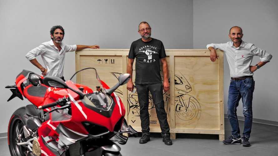 Consegnata la prima Ducati Panigale Superleggera V4