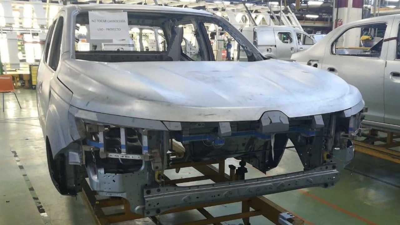 Renault Alaskan - Produção pré-série na Argentina