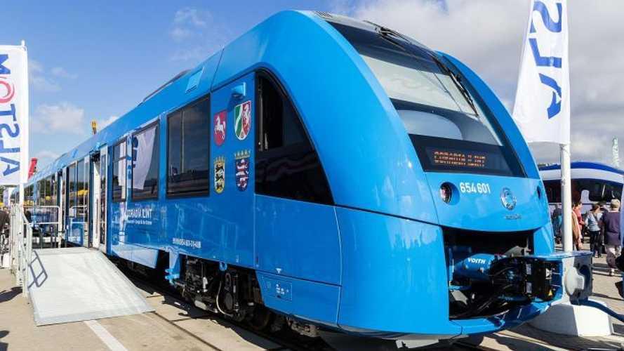 Il treno a idrogeno arriva in Italia: i dati su autonomia e velocità