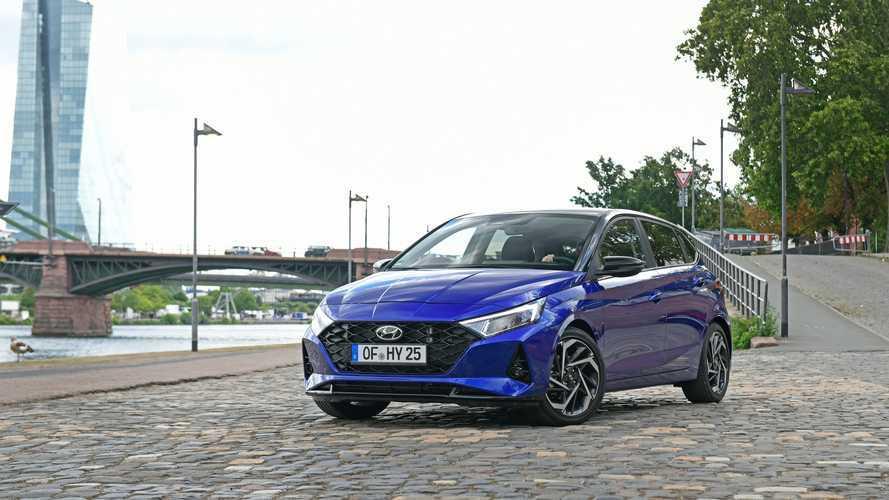 Nuova Hyundai i20, test della pre serie