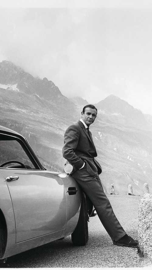 Look out for James Bond's iconic Aston Martins in London this Friday!