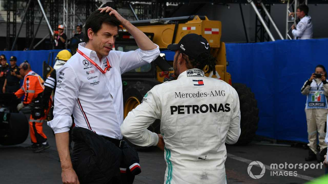 Toto Wolff with Lewis Hamilton at Mexican GP 2019