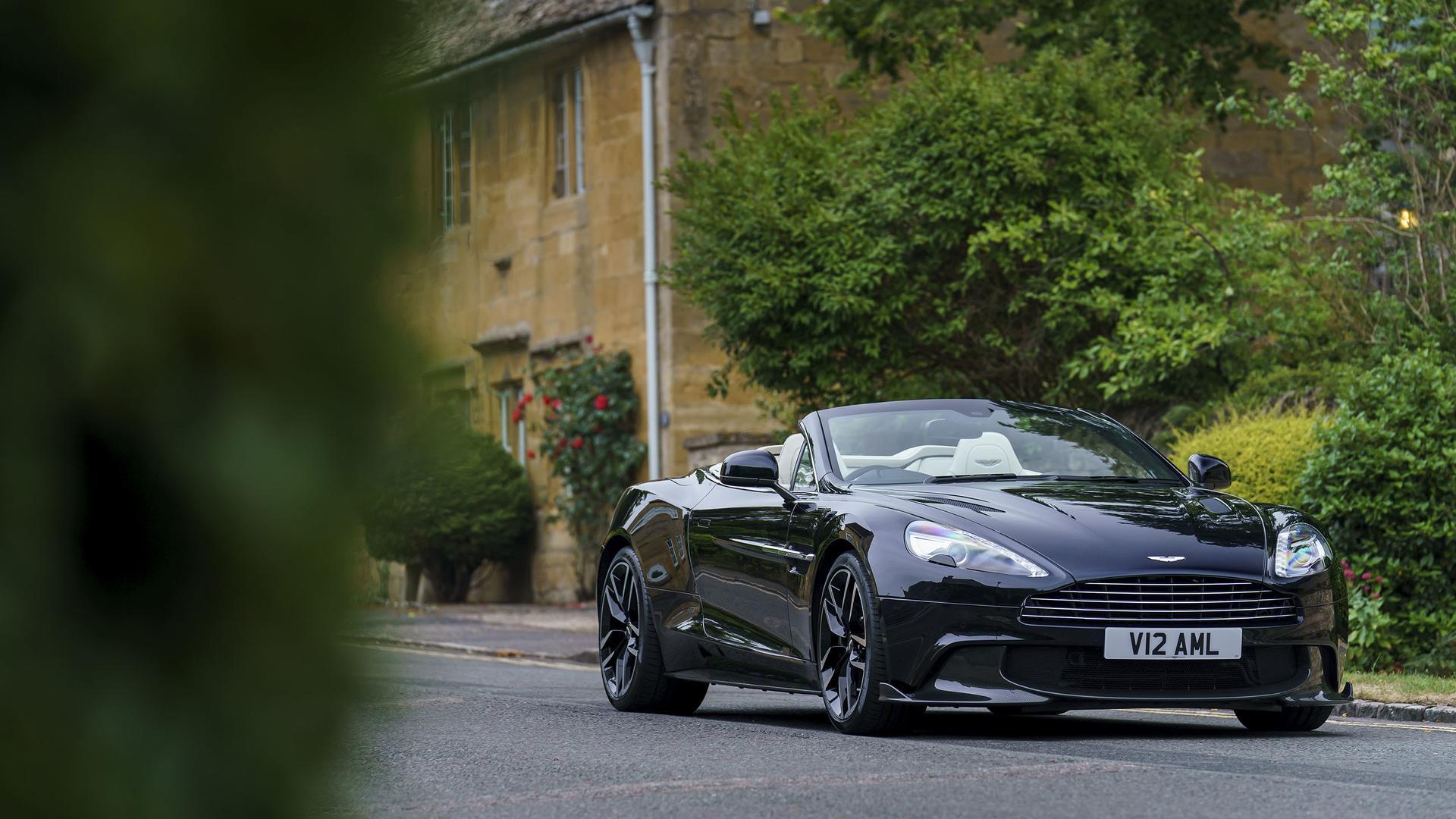 Aston Martin Vanquish S Volante First Drive The Final Encore - 2018 aston martin vanquish coupe
