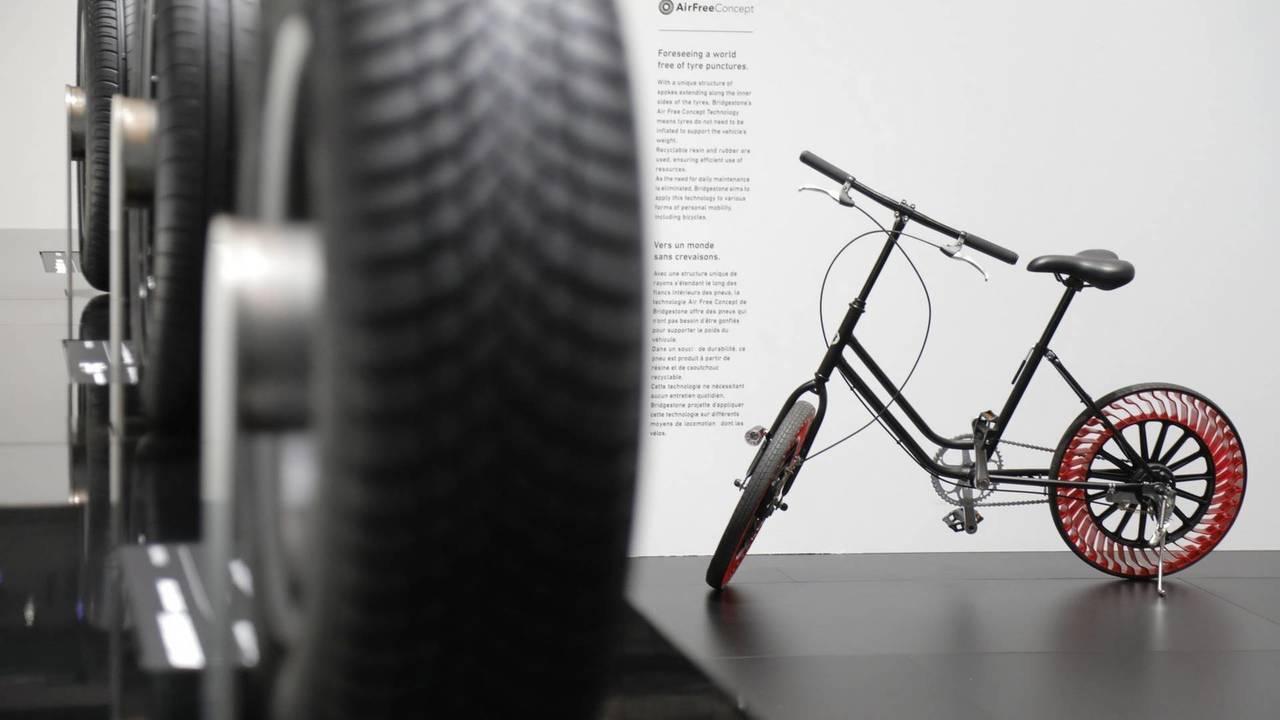 Bridgestone al Salone di Ginevra 2018