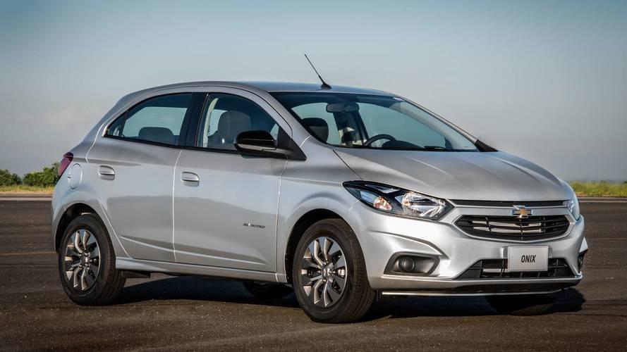 Chevrolet aumenta preços de todas as versões de Onix e Prisma em abril
