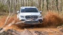 Mercedes-Benz X 250d 4MATIC arazi sürüşü