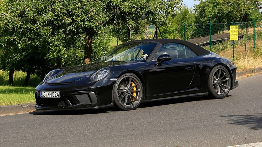 Porsche 911 GT3 Cabrio Spied On The Streets Without Any Disguise