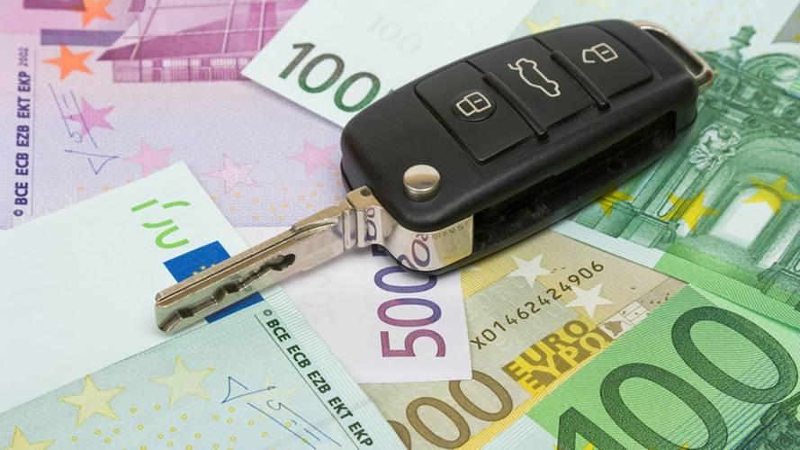 Con l'aumento dell'IVA ogni auto costerà 630 euro in più