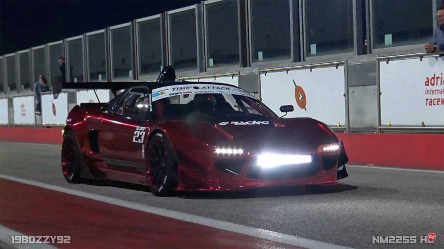 Watch heavily modified first-gen NSX attack a track at night