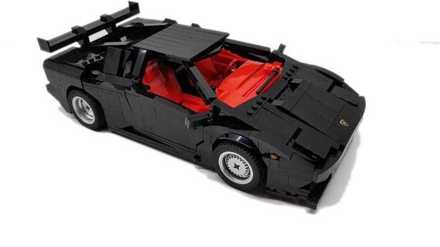 Este Lamborghini Diablo con piezas de Lego necesita tu ayuda