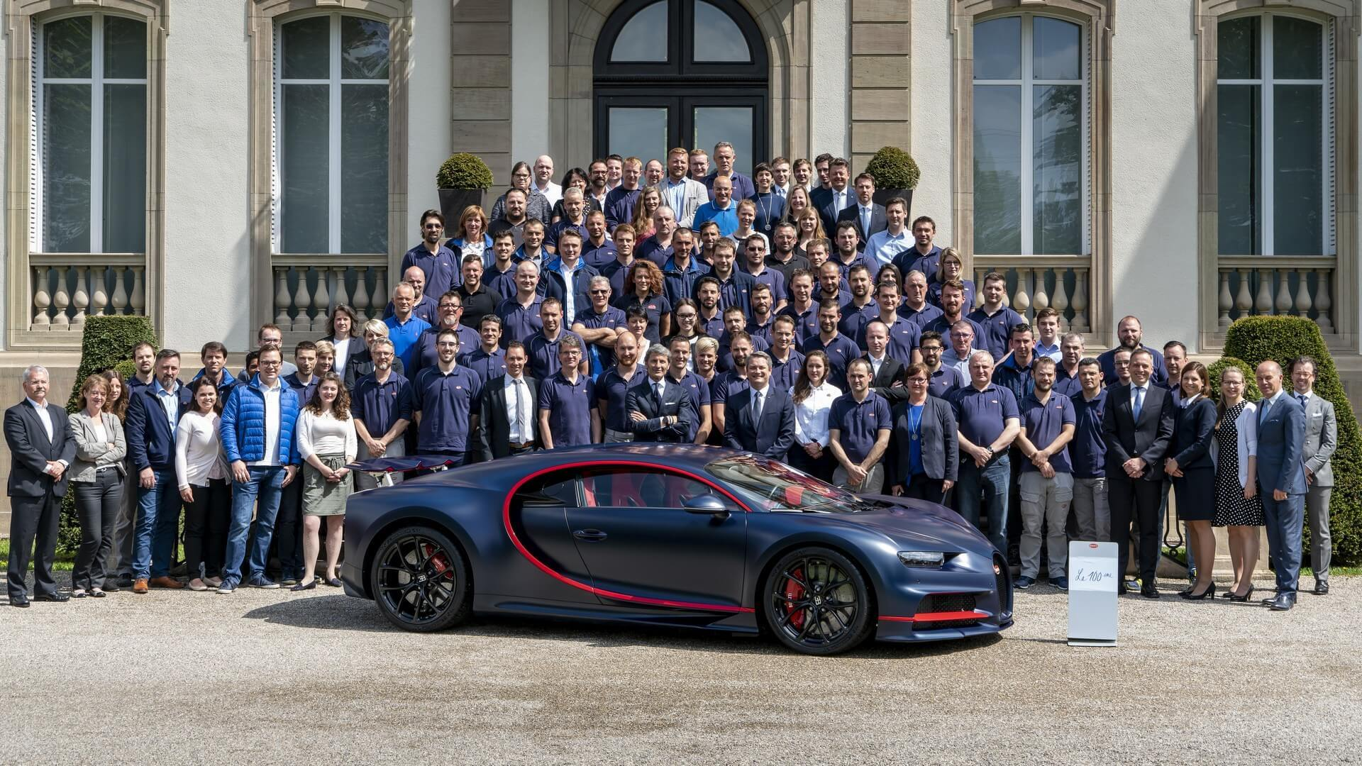 Bugatti Builds 100th Chiron And It Costs 3 34 Million