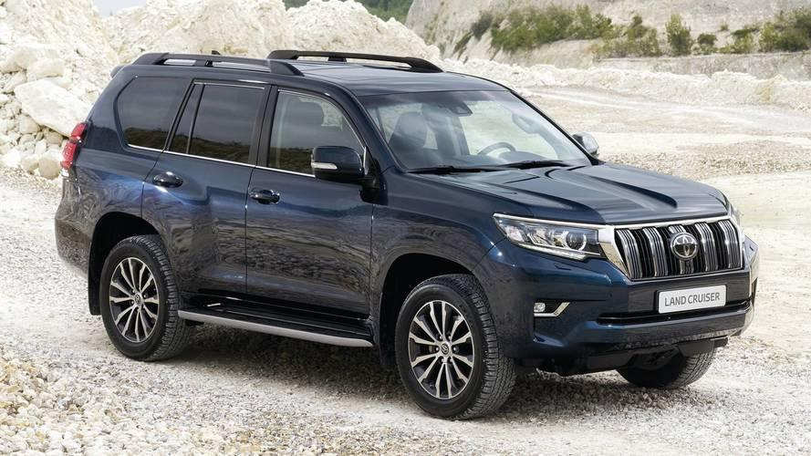 Deretan Mobil Mewah Toyota di Indonesia