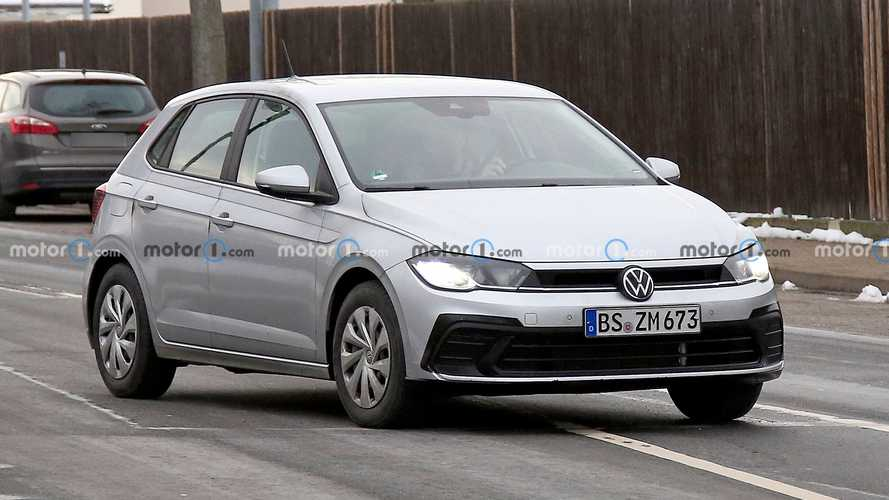 2022 VW Polo Facelift Spied With New Lights, Large Fake Exhaust Tips