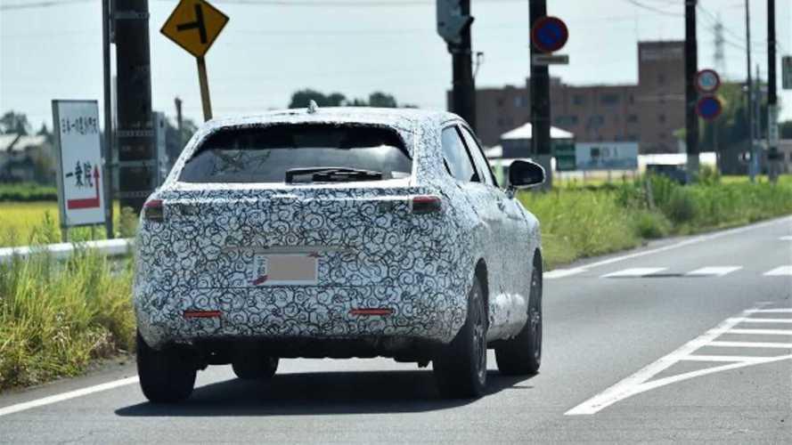 Novo Honda HR-V 2022 revela detalhes da traseira em flagra inédito