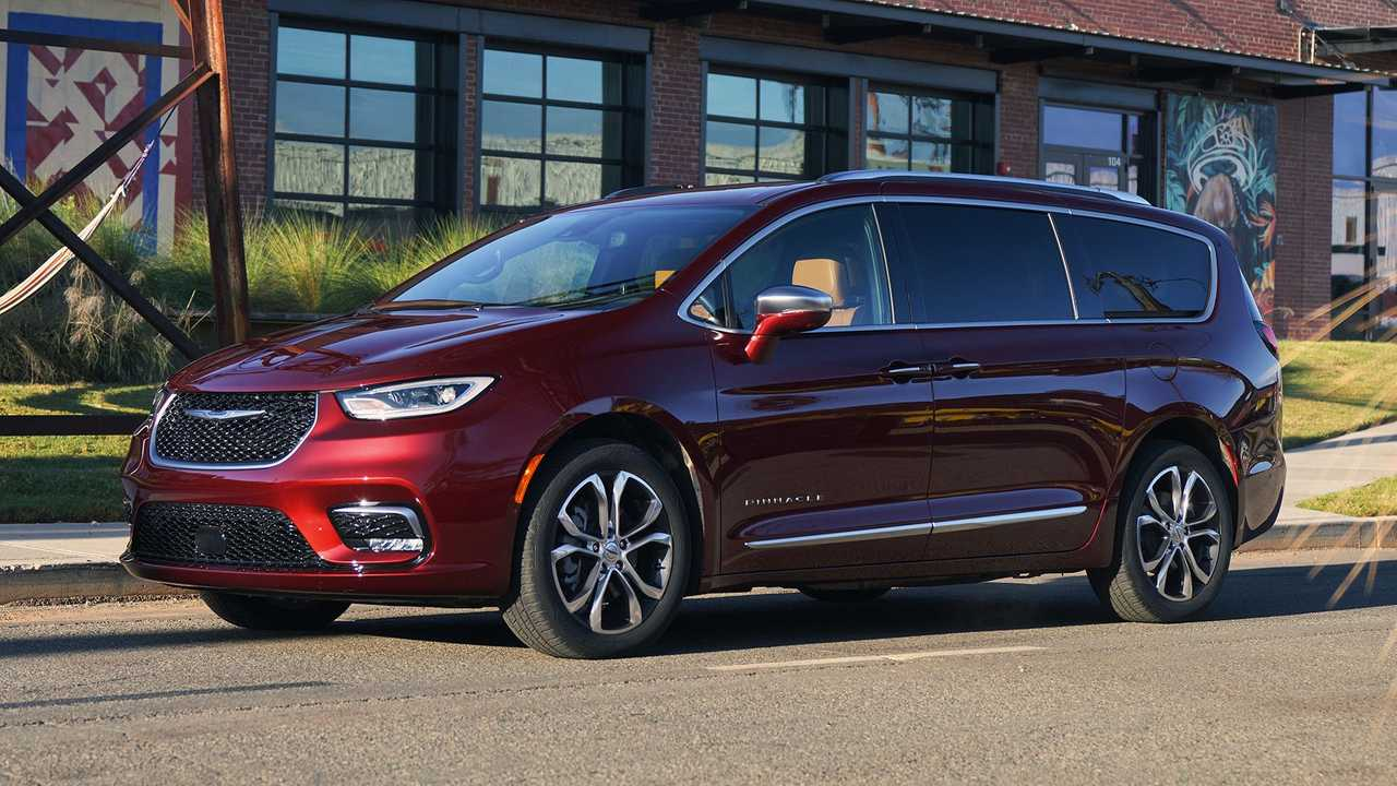 Chrysler Pacifica Pinnacle available with huge discount