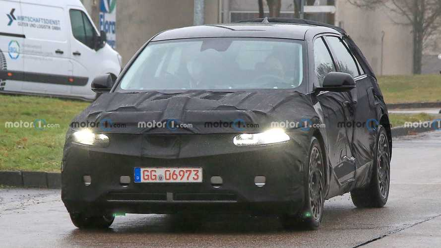 2022 Hyundai Ioniq 5 new spy photos