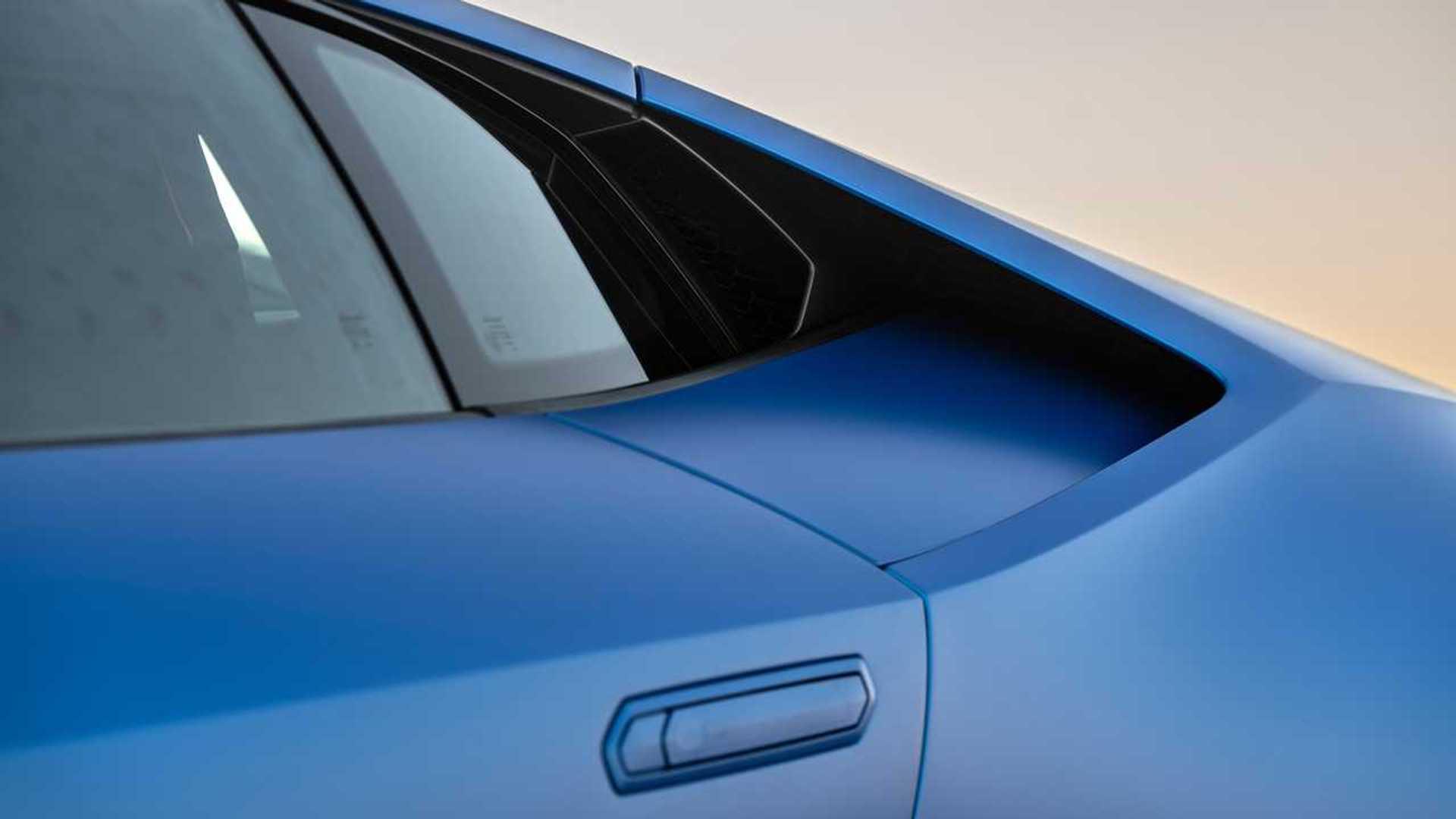 2020 Lamborghini Huracan Evo RWD intake