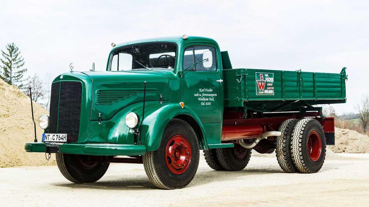 Vor 70 Jahren: Premiere des Schwerlastwagens Mercedes-Benz L 6600 und Omnibus O 6600