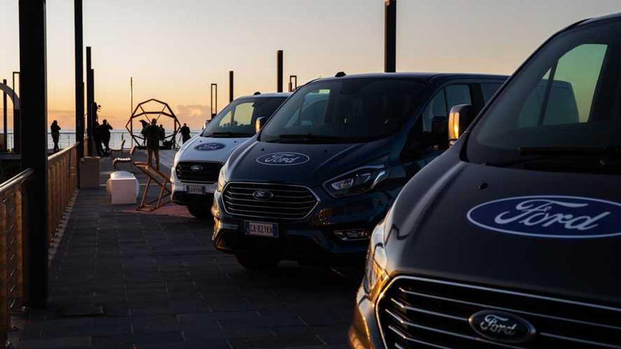 Ford Transit e Tourneo Custom Plug-in Hybrid