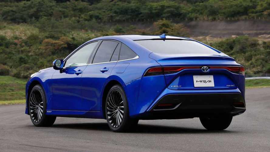 Nuova Toyota Mirai, la nuova generazione della berlina a idrogeno