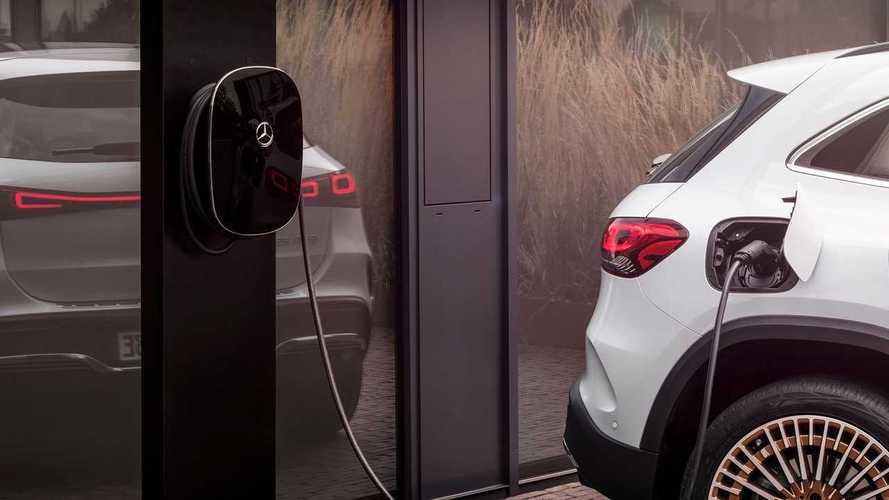 Veicoli elettrici e ibridi, nel 2021 Daimler pensa di vendere il doppio