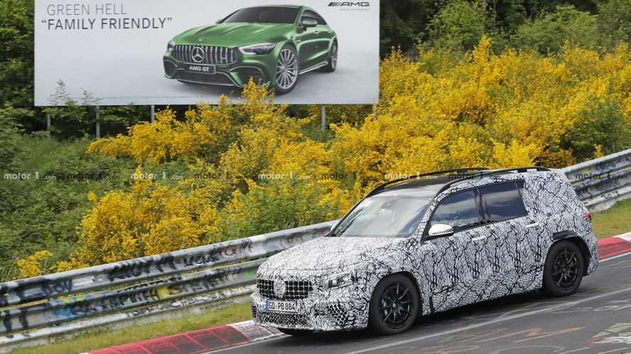 Mercedes-AMG GLB 35 bildiklerimizi saklarken görüldü