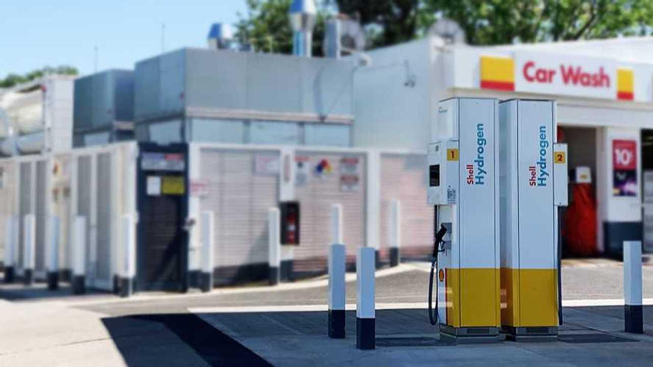 Sacramento Hydrogen Station Opens #40 (Source: California Fuel Cell Partnership)