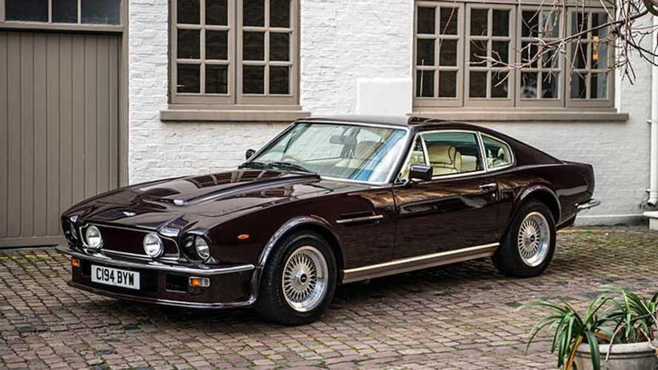 Aston Martin Elton John e BMW Elvis Presley