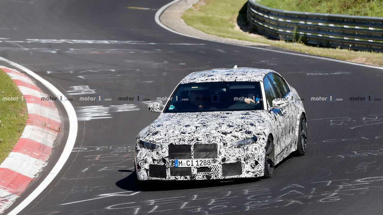 Шпионские фото новой BMW M3 на Нюрбургринге