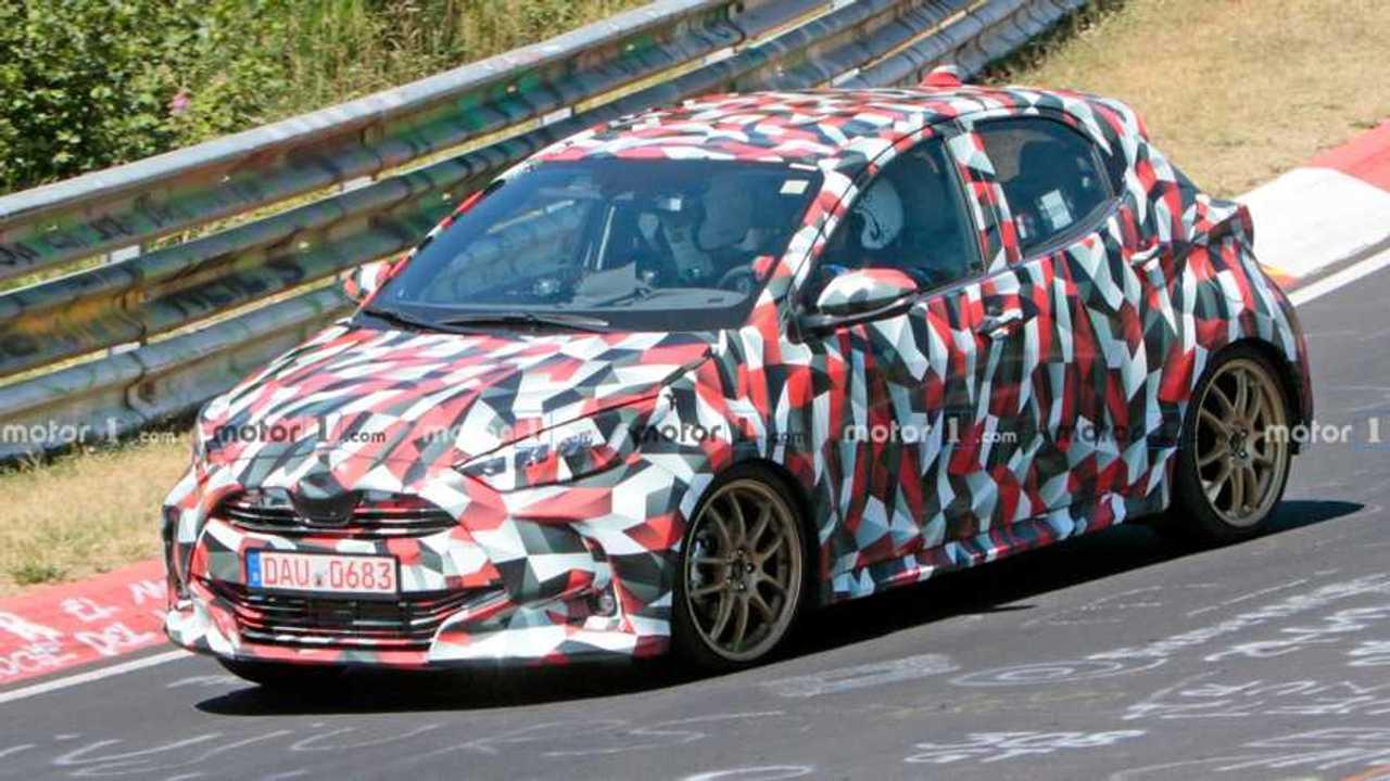Nouvelle Toyota Yaris Sport photo espion
