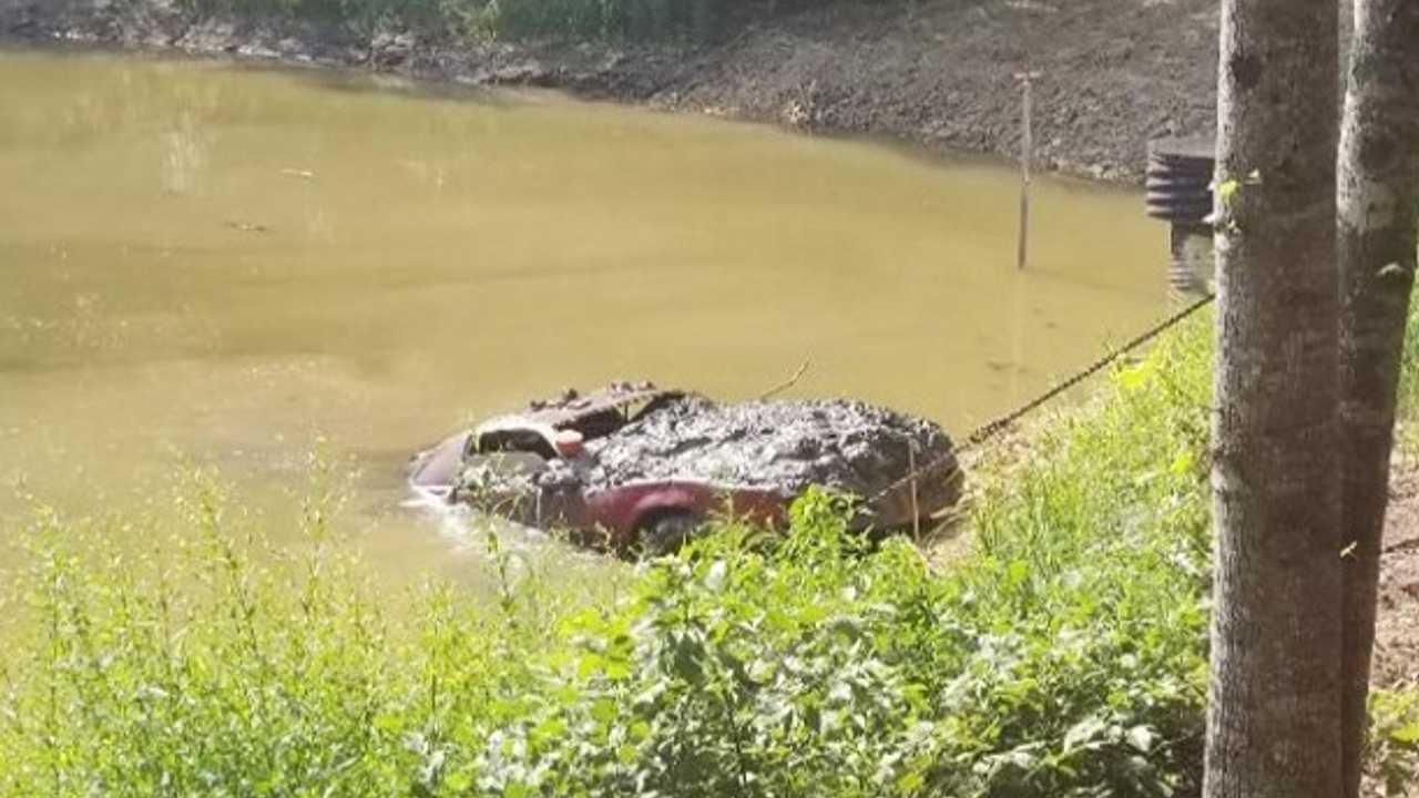 1983 Pontiac Firebird Discovered In Lake 30 Years After Its Theft