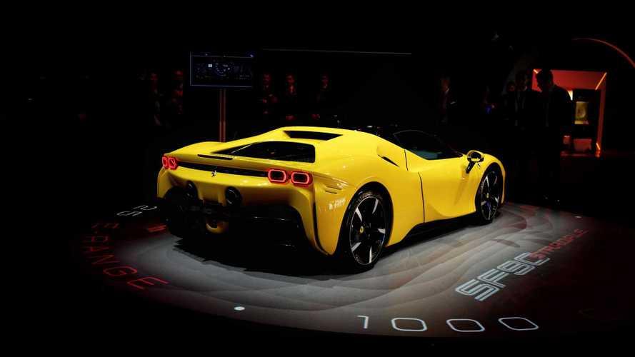 La Ferrari SF90 Stradale e la festa riservata a 2 mila super clienti